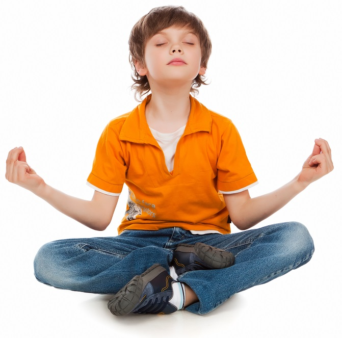 kids yoga meditating